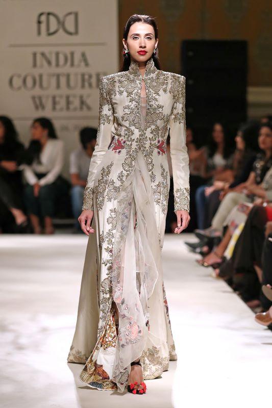 Fashion House Designer